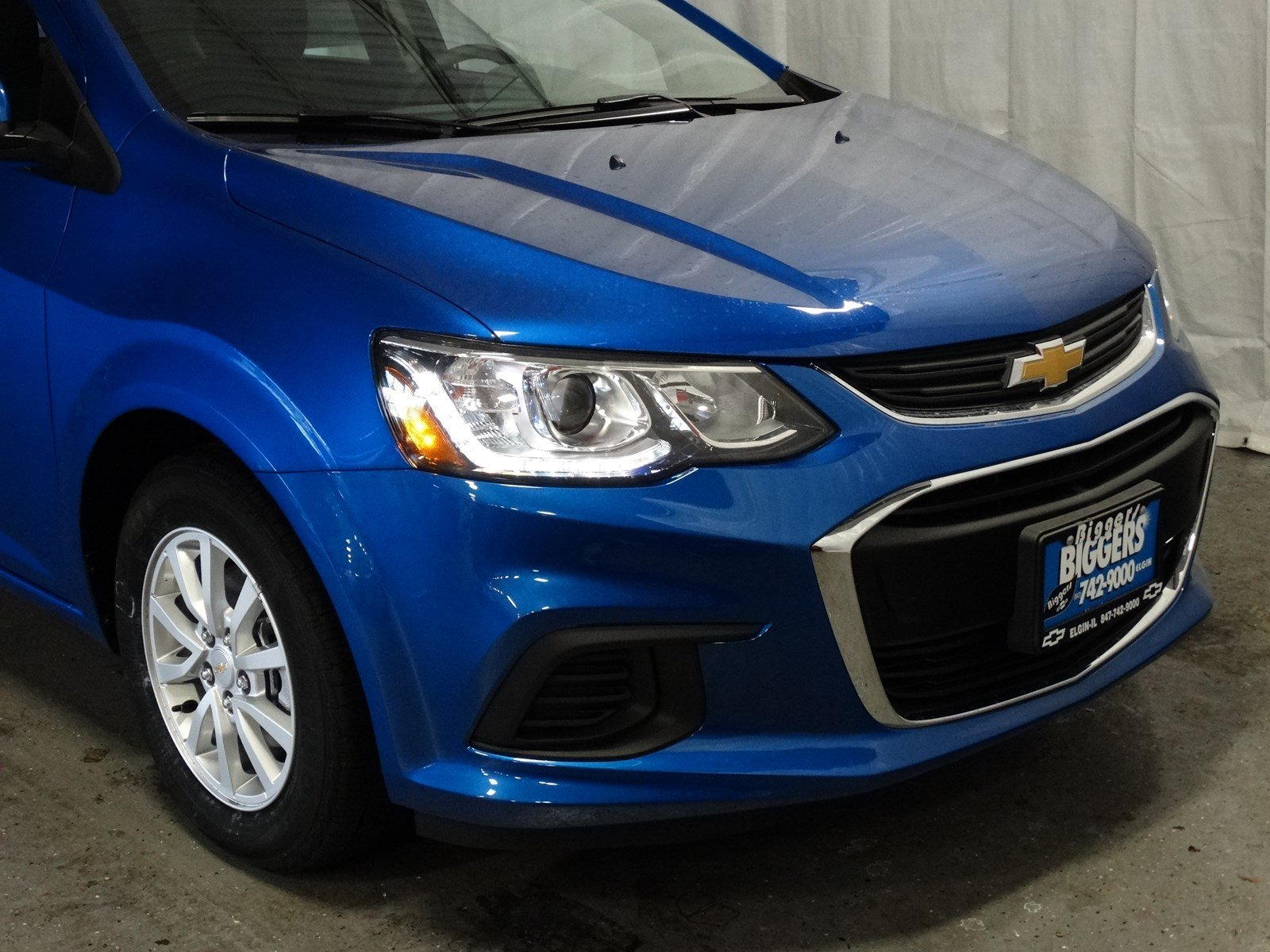 Chevrolet Sonic Repair Manual: Adhesive Installation of Liftgate Windows