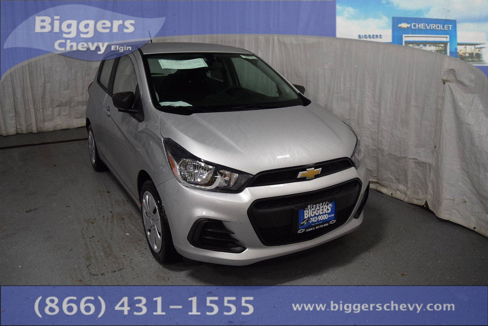 new 2017 chevrolet spark ls hatchback near schaumburg 2170120 biggers chevrolet. Black Bedroom Furniture Sets. Home Design Ideas